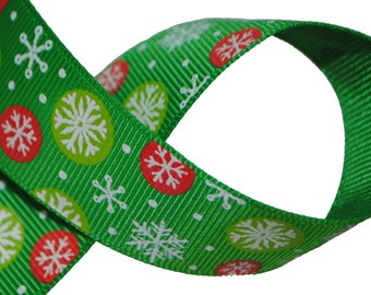 Snowflakes on Green Grosgrain 1 inch (25mm) wide