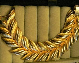 vintage jewels ...  Stunning CORO PEGASUS marked BRACELET wide leaf dual pattern ...