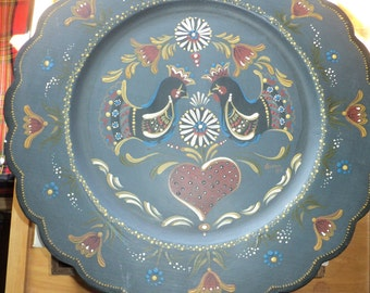 Vintage Pennsylvania Dutch Style Tole Wooden Tray Plate painted by The Artist Diann in 1980 against a colonial blue background
