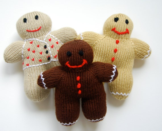 Plush Gingerbread Man - hand knit toy - plush toy - stuffed toy - stuffed Gingerbread Man - knit Christmas toy - Christmas decoration
