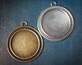 6 - 30 mm beaded edged Round Photo Pendant Trays blank Antique Silver or Antique Bronze  LEAD FREE (1.18 inch)