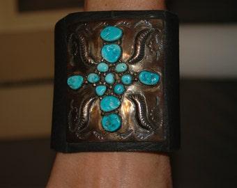 Vintage Navajo Sterling and Kingman Turquoise Ketoh Bracelet