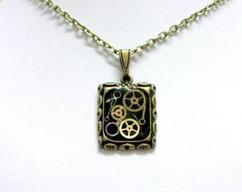 Steampunk necklace cogs and gears pendant industrial jewelry brass chain black bronze womens larp costume accessories watch movement parts