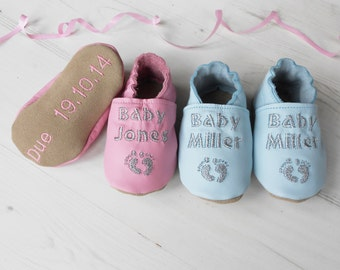 Baby Shower Gift - personalized baby shoes - personalized baby gift - baby keepsake gift - leather baby shoes - pregnancy announcement