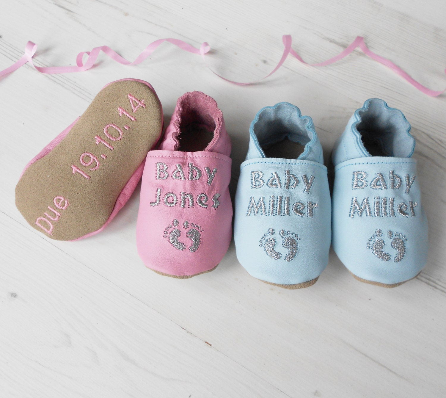 Expecting Baby Gifts Uk : Baby shower gift personalized shoes