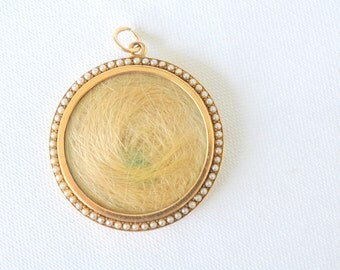 SALE/// 1800's Antique Victorian/ Mourning blonde hair locket / 15K gold seed pearl glass/ Large double sided locket