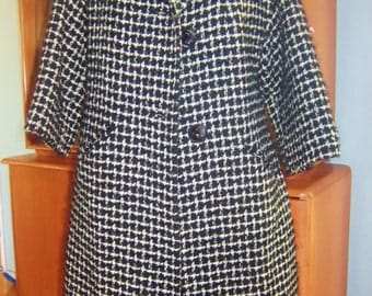 Beautiful 1950s Vintage Woman's Black and White Checkerd Coat