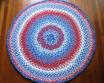 hand braided round rug turquoise red black vintage and by maurabee. Black Bedroom Furniture Sets. Home Design Ideas
