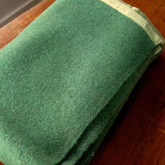 Vintage Wool Blanket Green Heather Camp Full Size