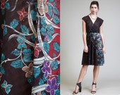 Vintage 70s Plunging Deepest V Dress // Wrap // Print