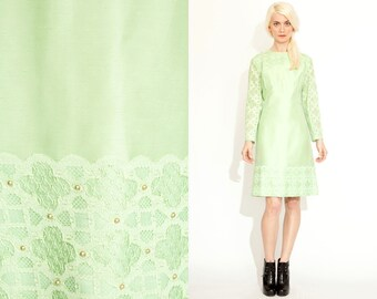 Vintage 60s GREEN Studded LACE Twiggy Mod Dress // Scooter