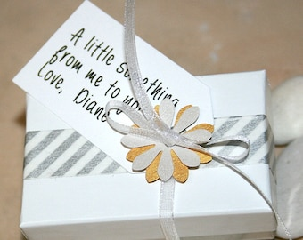 Gift wrap & tag ad on option for your gift - by iiwii emporium
