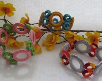 Crochet Colorful circles bracelet