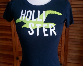HOLLISTER Cut Up Shredded and Braided T Shirt Women's Size Medium