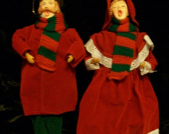 Victorian Carolers Set of 2