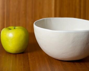 Large Matte White Stoneware Bowl 7 inches - Ceramic Pottery Soup, Vegetable, Pasta, Salad or Ramen - Modern minimal handmade