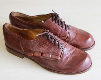 Cognac brown leather cut out shoes Sz 9