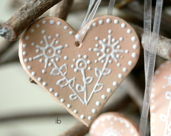 Valentine Decoration Ceramic Peach Heart Ornament Set of 3 Pink Wedding Favor
