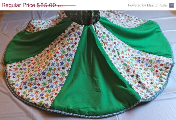 Christmas tree skirt handmade by zipperscreations on etsy