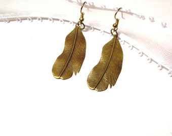 sale only today-convo me-Angel Wing Necklace Bronze Angel Wing - Hippie Style, bronze Metal Feathers,  Feather Jewelry
