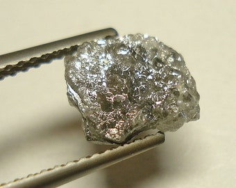 SILVER DIAMOND (1.62 ct / rough diamond)