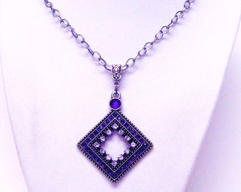 Antique Silver Plated w/Purple & Clear Crystals Diamond Shape Pendant Necklace