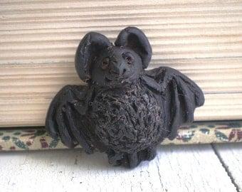 Batty- polymer clay charm. black bat bead. black baby bat. rustic woodland. rustic realistic bat jewelry bead. Jettabugjewelry