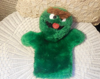 Oscar the Grouch Hand Puppet By Applause in Korea, Sesame Street Oscar the Grouch Puppet, Sesame Street Puppets, Sesame Street Toys, :)s*