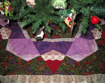 Christmas Quilted Tree Skirt Winter Flowers 26