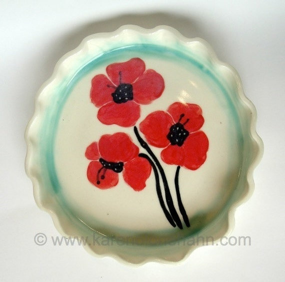 Ceramic Pie Plate, Tart Plate, Quiche Plate, Poppies, White, Red,  Green, Wedding Gift, Mothers day,kitchen,bakeware