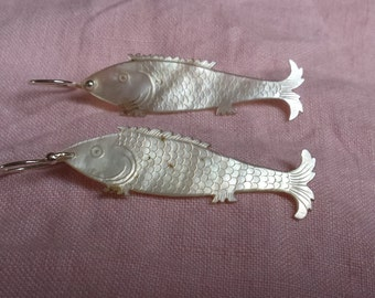 Silver sterling earrings with mother of pearl old fishes