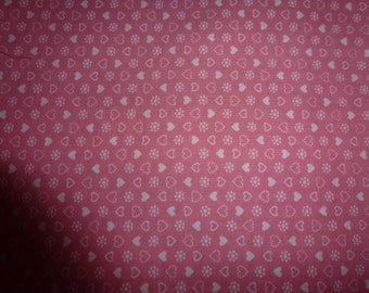 """33"""" of Quilt Cotton Fabric by Cranston Print Works- V.I.P. Fabrics 100% Cotton Printed in U.S.A."""
