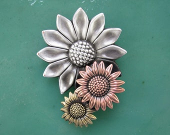 Sunflower Brooch- Flower Jewelry- Flower Pin- Sunflower Jewelry- Gift for Gardeners- mixed metal jewelry