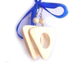 Wooden Earrings Bermudes. Handmade wooden jewelry.