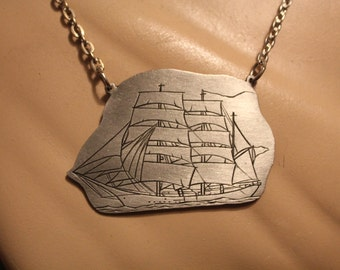 SALE! 1970s Pewter Tall Ships Necklace Vintage Bicentennial Deadstock
