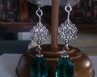 Emerald Drop Earring