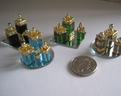 12th Scale Dollhouse Miniature - 3 Perfume Bottles / Wine / Liquer Decanters on a Mirror Tray: Choice of Colors