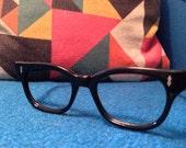 Black cat eye frames with metal details at temple eyeglasses vintage 1950's - 1960's