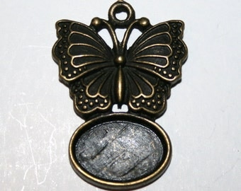 2 Lovely Antique Bronze Butterfly Cabachon Charms Pendants - CB - 0014