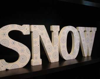 Standing SNOW wood letters, Christmas decor for a bookshelf or other cranny