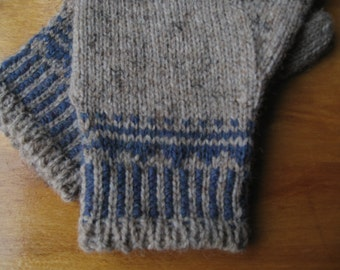 Gray and Blue Mittens
