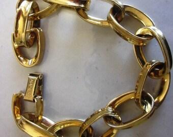 SALE Vintage Signed Designer NAPIER Gold Oval Link Bracelet, Birthday Gift, Mother's Day Gift, Gift For Her, Anniversary