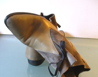 Vintage Raffaella d Arezzo Olive Drab  Pixie  Boots Made in Italy