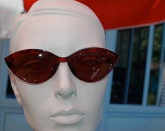 vintage sunglasses 'cat' style 1960s Christian Lacroix