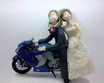 Customized Cake topper Wedding couple in Motorbike made by Cristina Sierras