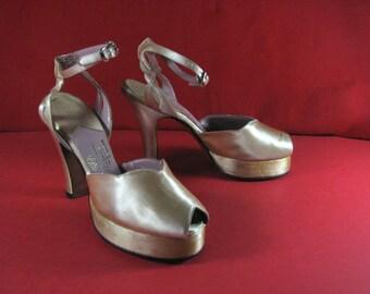 Outrageous Satin 1940/50s Platform Sandals......Hand Made  by MILGRIM........ sz 5 M
