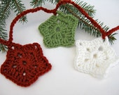 Crochet Christmas Star Garland - Holiday Decorating - Red Green White