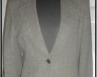 REDUCED **** VTG  Max Mara never worn classic  size 40 made in Italy