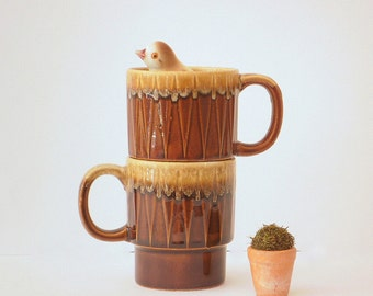 Retro Japan Mugs, Vintage Coffee Mugs, Retro Stacking Mugs 1970s, Coffee Cups, Made in Japan.