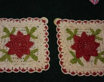2 vintage flower crochet pot holders